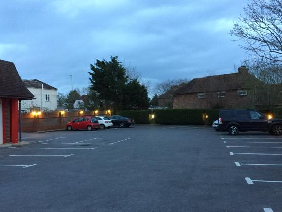 Southbourne, UK: Private car-park