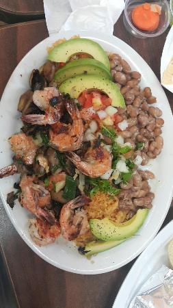 San Mateo, Καλιφόρνια: Prawn meal and interiors