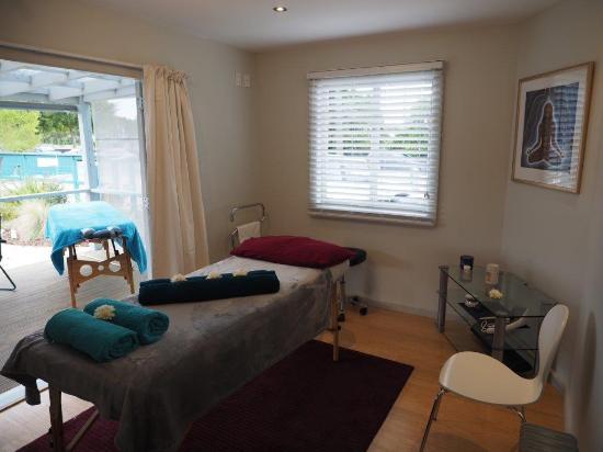 Pohara, New Zealand: Massage Room
