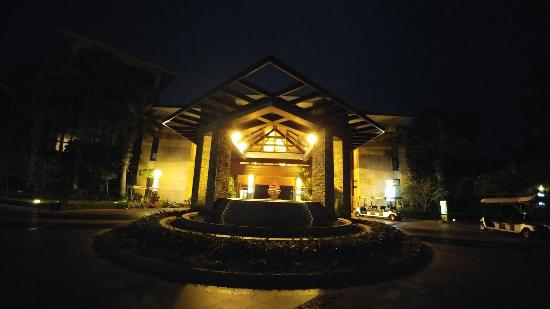 Grand Metropark Resort Hotel: photo0.jpg
