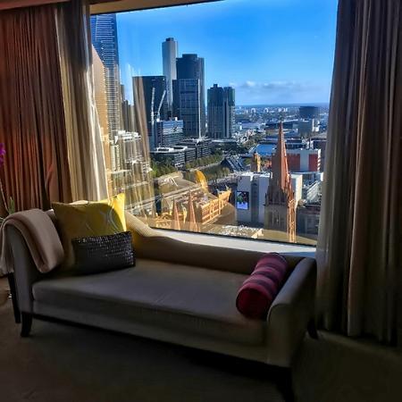The Diplomatic Suite MELBOURNE GRAND HYATT