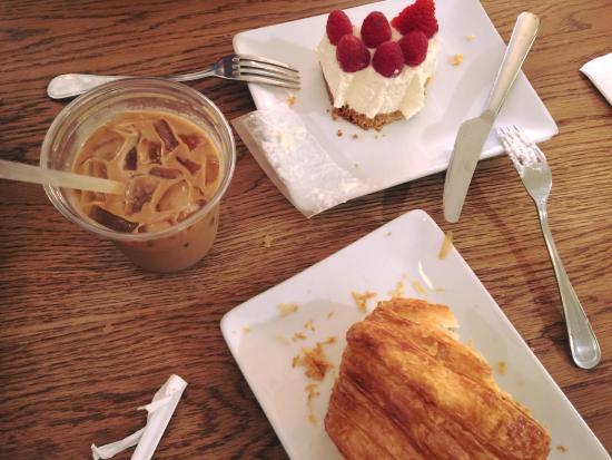 Brookline, MA: my afternoon tea at Tatte