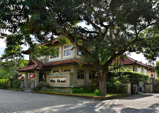 Vila Shanti Beach Hotel: Vila Shanti Outside View 2