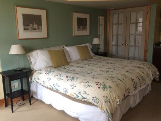 Bushy House Bed & Breakfast