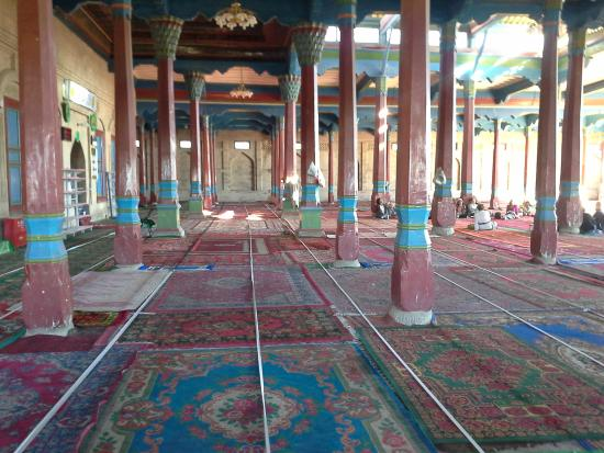 Kuqa County, Chiny: in side of main hall