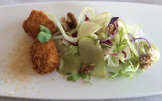Tidlosa Kok I Sverige Ab : Deep fried rabbit with tarragon mayonnaise, salad with apple, celery