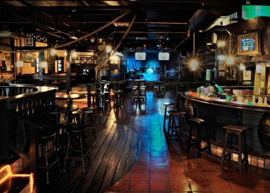 SOS Tugboat Bar - Picture of Hua Hin Brewing Company, Hua Hin