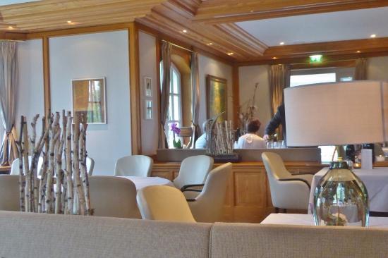 Warme Einrichtung Im Restaurant Picture Of Hotel Landhaus