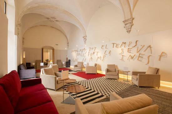 Hotel Convent de la Missio : The Art Bar