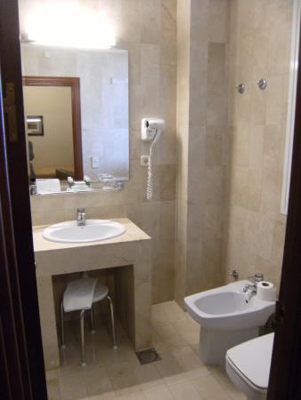 Hotel Derby Sevilla Photo