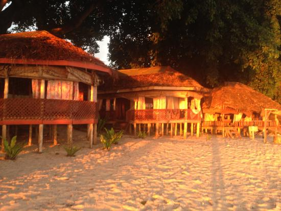 Satuiatua Beach Resort : Sunset