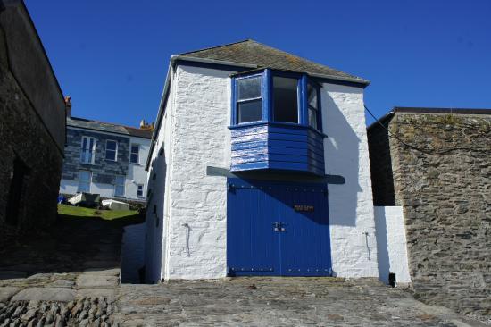 Gorran Haven, UK: Watch House in April