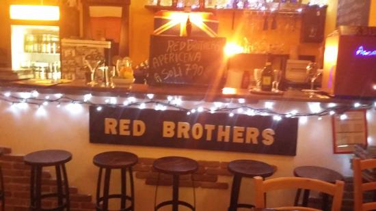 Red Brothers Pub