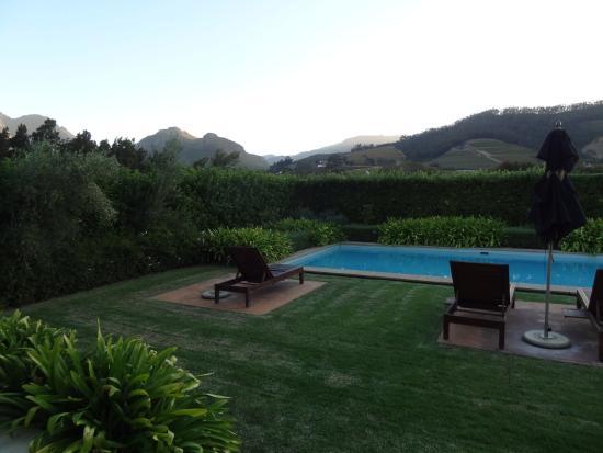 La Cle des Montagnes: piscine pour notre villa