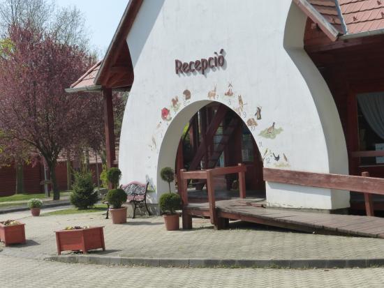 Zalaegerszeg, Hungría: receptie van de camping