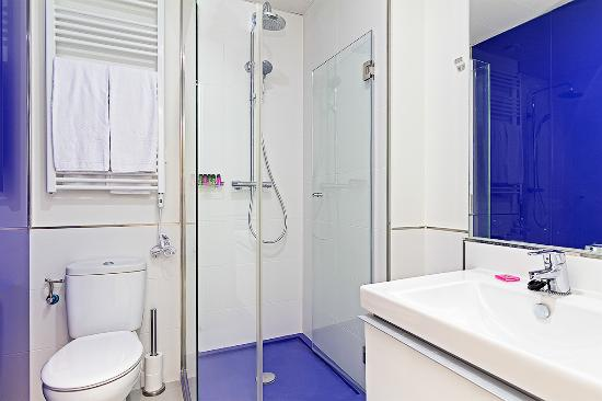 Apartamentos Blume Cruz: Baño Apartamento Superior