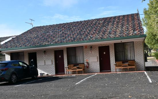 Armidale, Αυστραλία: This is the quiet part of the motel at the rear.