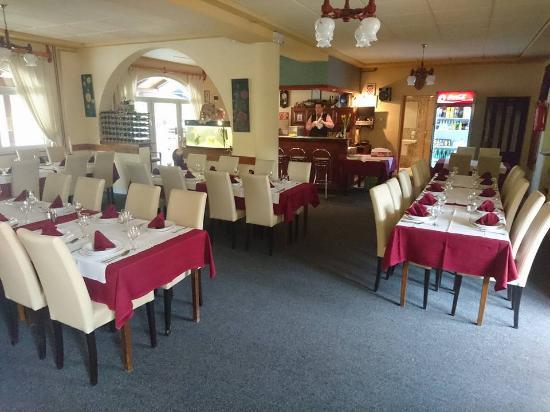 Nasice, Croacia: Restaurant
