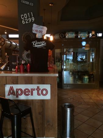 Garage pub lecco restaurant avis num ro de t l phone for Garage des paluds avis