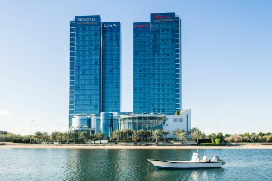 Novotel Abu Dhabi Gate: Building
