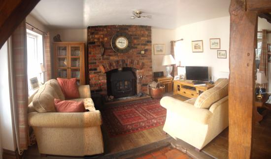 Nether Whitacre, UK: Cosy lounge