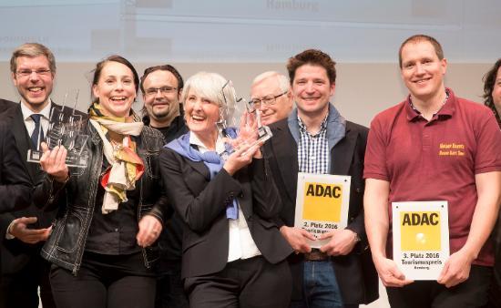 Dialog IM Dunkeln: ADAC Tourism Award 2016 for Dialog im Stillen exhibition