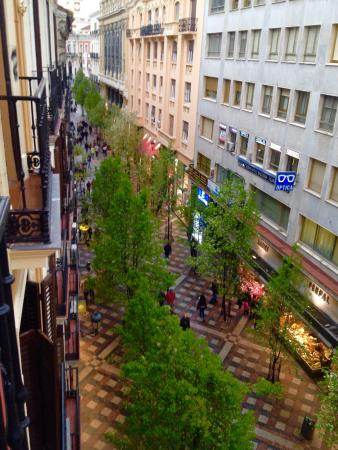 Window View - Toc Hostel & Suites Photo