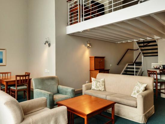 Protea Hotel by Marriott Port Elizabeth Marine: Loft Suite