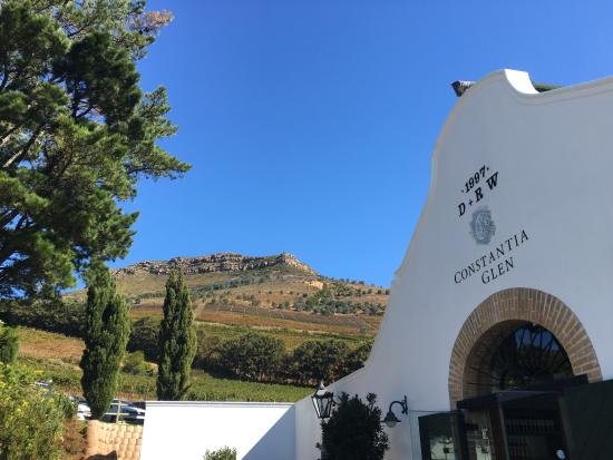Constantia, Sudáfrica: Wine tasting entrance