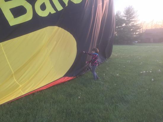 Λέμπανον, Οχάιο: Landing and deflating the balloon