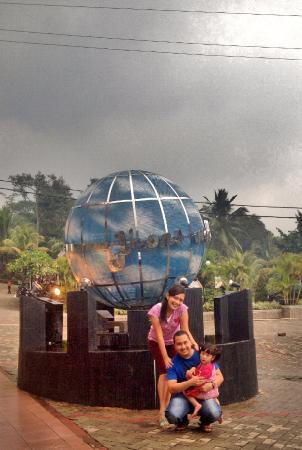 Naik Bebek2an Picture Of The Jhon S Cianjur Aquatic Resort