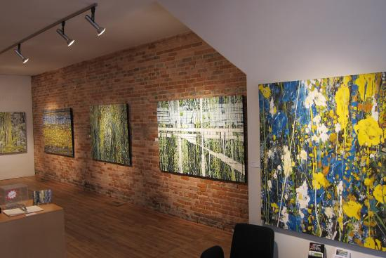 Chatham, Kanada: Solo exhibition of paintings by Exhibiting Member Cathy Van Raay Myers