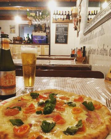 Il Buon Boccone: Pizza con datteri gialli e Birra Menabrea