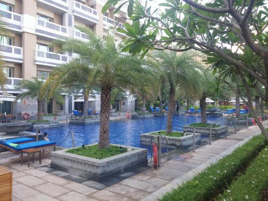 Fantastic Swimming Pool Picture Of Itc Grand Chola Chennai A Luxury Collection Hotel