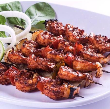 Al Jalboot Fish Restaurant: The Top seafood in Bahrain