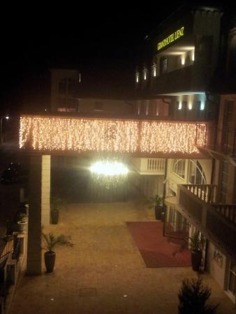 Grand Hotel Lienz: Hotel bei Nacht