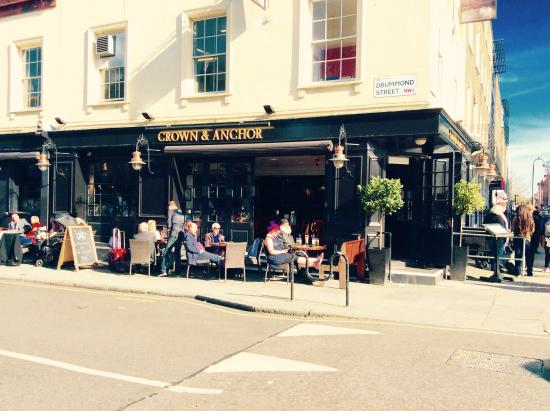 The Crown and Anchor: Sunny day