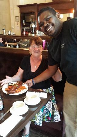 The Star Cafe & Grill: We love our customers!