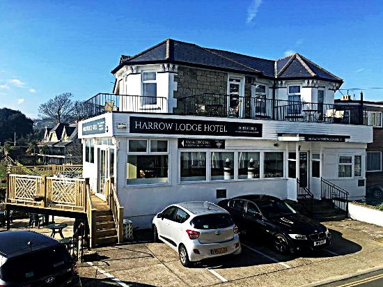 The Harrow Lodge Hotel : We have free parking