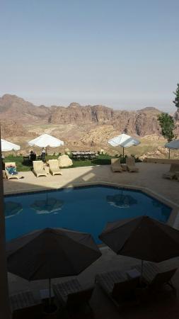 Jordan Valley Marriott Resort & Spa: 20160422_085256_large.jpg