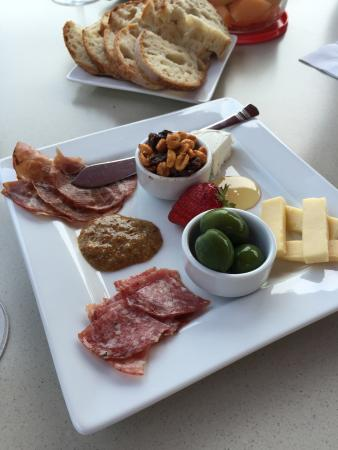 Roseburg, OR: Cheese and charcuterie plate