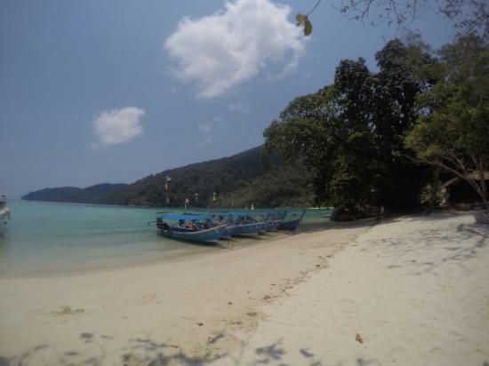 Khuraburi, تايلاند: GOPR5312_1461240323103_high_large.jpg