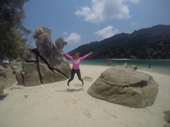 Khuraburi, تايلاند: GOPR5363_1461240635337_high_large.jpg