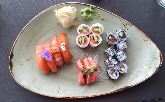 Lyngby, Дания: Sushi 2 - only fish (salmon)