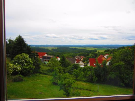Eulenbis, Allemagne : View from one of the dining room windows facing south.