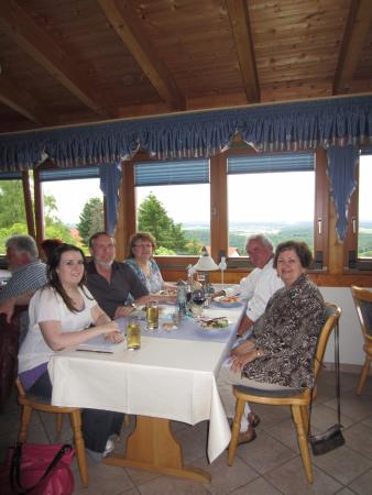 Eulenbis, Allemagne : View of our table in the dinning room.