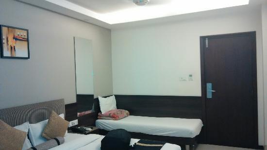 Hotel Atithi Satkar: IMG_20160425_132727_large.jpg