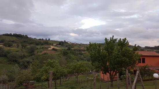 Montebuono, Italien: Campi circostanti