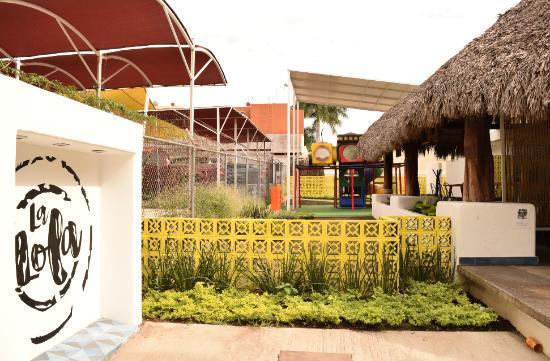 Foto De La Lola Colima Area De Juegos Segura Tripadvisor