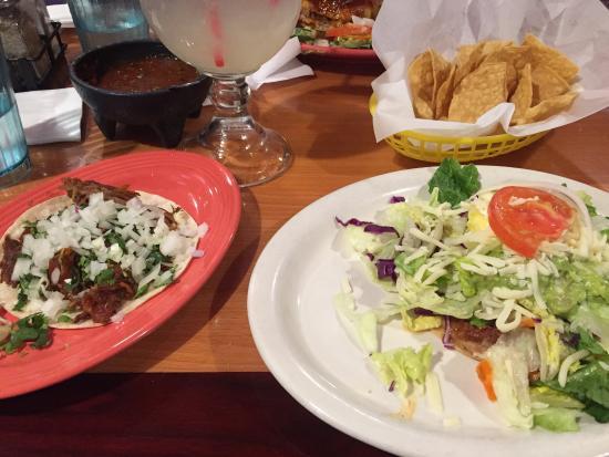 Casa Blanca Restaurant: photo0.jpg